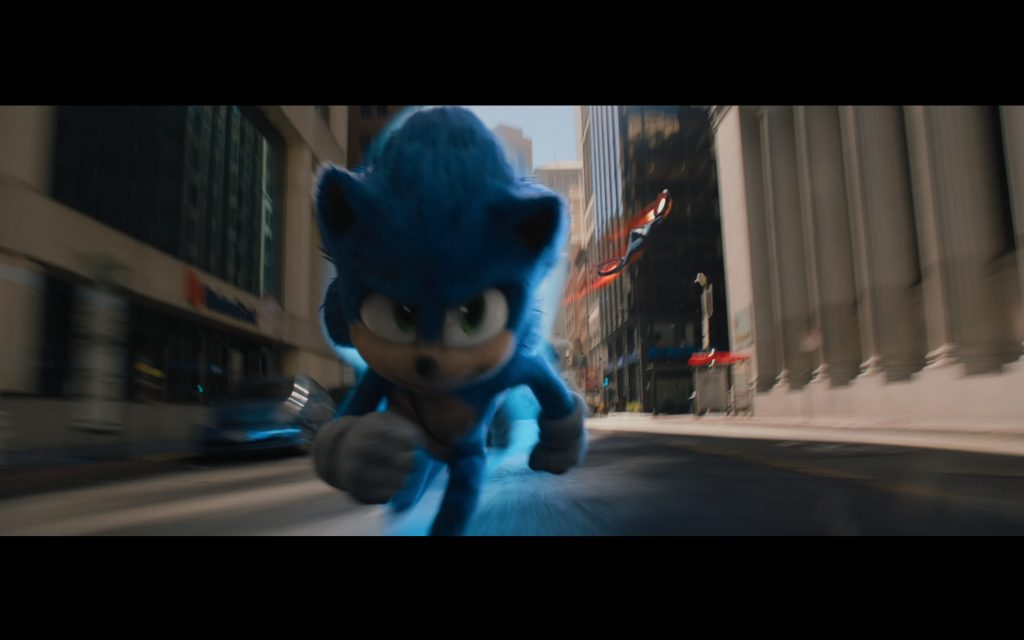 Sonic the Hedgehog running through the Financial District