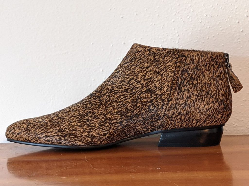 Chi ankle boots by UKO